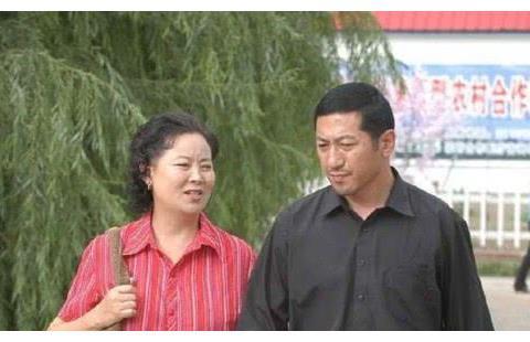 他们是《刘老根》仅有的专业演员,却被赵本山徒弟代替,实属遗憾