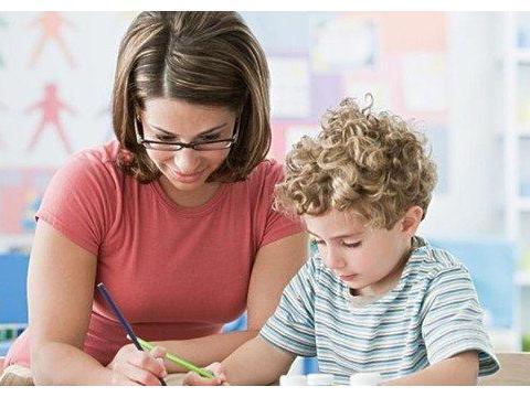 教会孩子如何和小朋友交往,让孩子成为一个受欢迎的人!