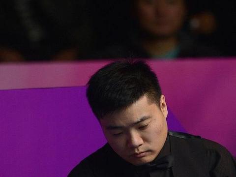 今年周跃龙两进决赛创造个人最佳战绩!如今成为中国斯诺克第三人