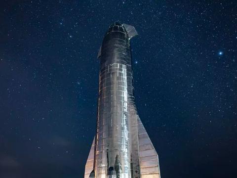 马斯克发星际飞船制造视频 最快可在3月进行试飞