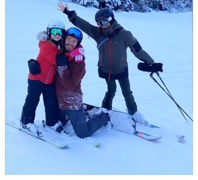 贝克汉姆全家开心滑雪,小七被团宠,罗密欧女友也来了