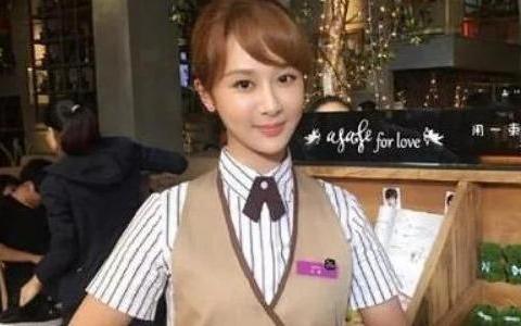 张一山去杨紫饭店吃饭从不付钱,网友有能耐把她整你家户口本上