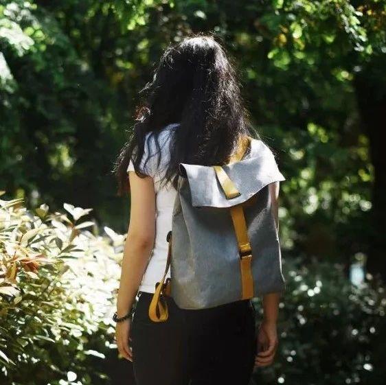 上班背哪个包?这个双肩包,我可!