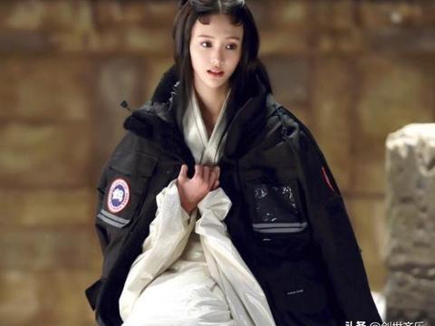 """粉丝称郑爽""""小仙女""""本以为太夸张,看到21岁旧照,清纯又水灵"""