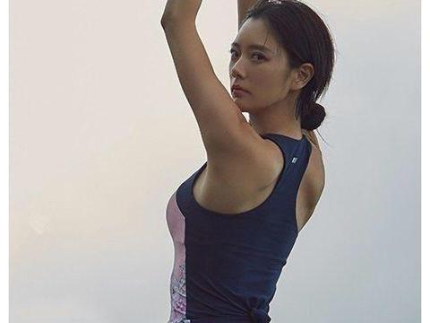韩星女子图鉴. 第十期 克拉拉 脸蛋与身材啥都完美的人