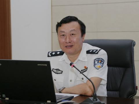 """十九大之后仍不知敬畏的广西玉林市公安局原局长李庄浩被""""双开"""""""