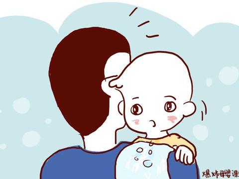弱宝宝吐奶出于3种原因,宝妈要重视起来,最后推荐一款哺乳姿势