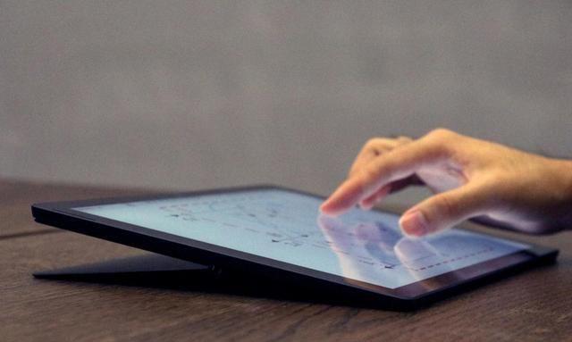 大三党拿Surface Pro 7上网课,学习不落下