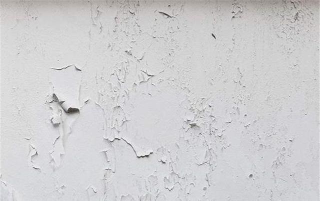 墙面开裂、掉皮受潮怎么办?补救指南了解一下