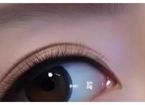 心理学:选出你第一眼喜欢的一款眼妆,测你的桃花运什么时候出现