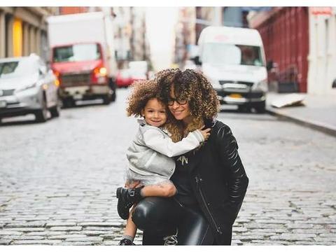 在一个亲戚朋友少的城市,你们是怎么给孩子增加社交活动的?
