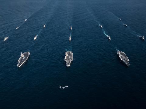 重回冷战!时隔多年,美军刚重建海军第二舰队,又重组第五集团军