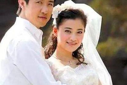 睡了梅婷6年,李小冉曾为他怀过2个孩子,他到底有何魅力?