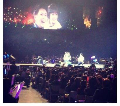 陈若仪晒kimi5年前旧照,第一次看演唱会就被JJ邀请上台了