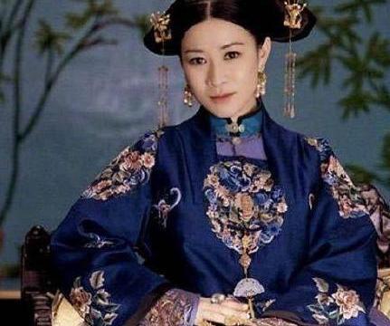 佘诗曼被传苦恋张智霖18年,至今未婚,是袁咏仪不愿见的人