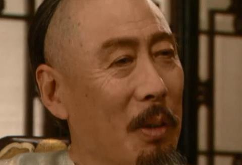 《雍正王朝》中太子贬低四阿哥之后,为何康熙突然转移话题?