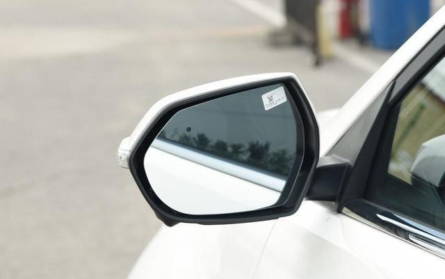听了家人建议,刚刚入手一辆福特领界,车主分享优点和缺点!