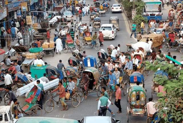 世界人口密度排名_世界人口密度第一国:每平方公里近2万人,资产上亿不敢在此