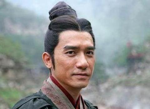 东吴四大都督排名,孙权最喜欢的不是周瑜,而是他