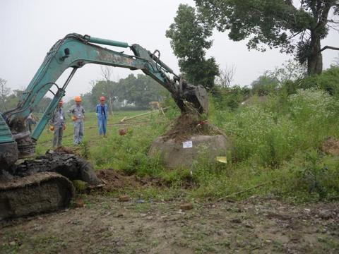 因良渚遗址申遗强拆村民墓地, 杭州一镇政府被判行为违法