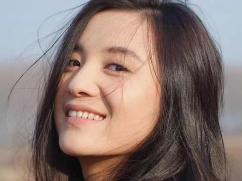 当迪丽热巴、姚晨、宋佳等演员共同面对表演话题时,会有何不同