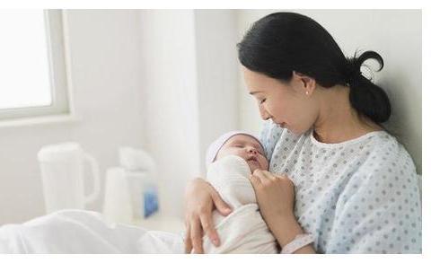 妈妈独留4个月宝宝在房间去吃饭,十几分钟竟阴阳两相隔