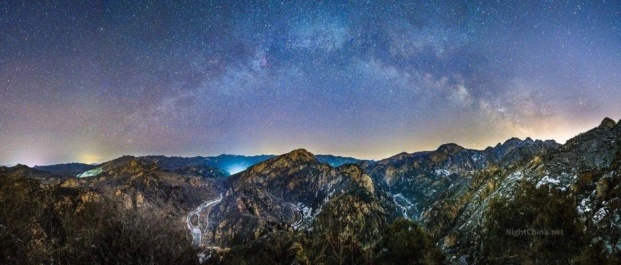 冬春之交,夏季银河会在日出前升起 | 夜空中国