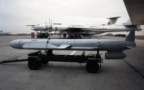 俄罗斯巡航导弹性能不亚于战斧,已战功赫赫,美军遇上一样犯头痛