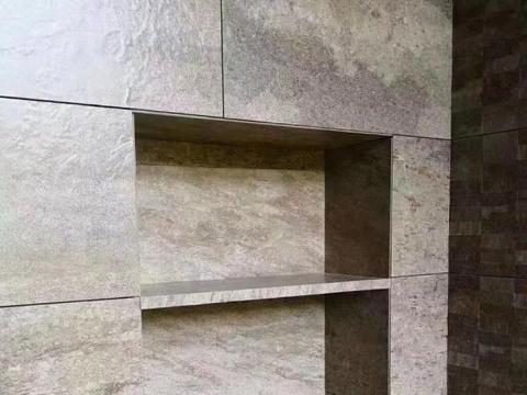 卫生间不要再用会生锈的置物架了现在人家都在用壁龛和小隔板