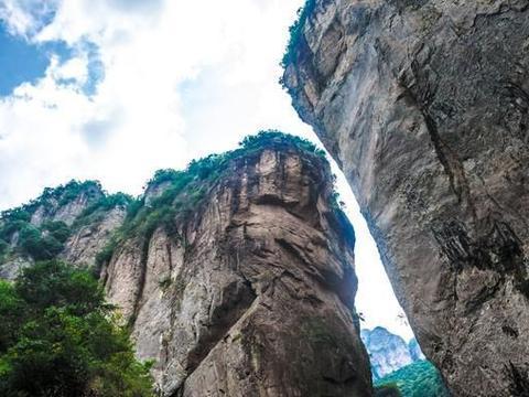 """浙江温州唯一的5A景区,与黄山泰山齐名,被誉为""""东南第一山"""""""