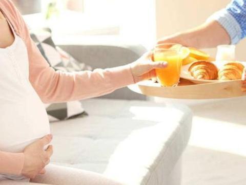 怀孕期间,脐带绕颈与这4个因素有关,孕妈平时要多注意