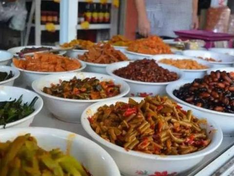 """菜市场""""最脏""""的4种食物,菜贩子都不吃,很多人还在买!"""