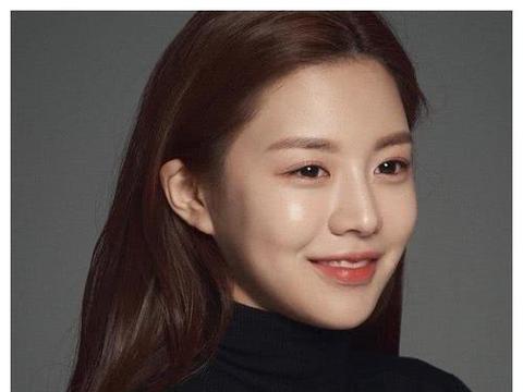 堪称韩国最强整容模板,容貌不输全宋慧乔,整张脸都靠自己设计!