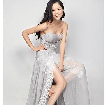 辛芷蕾拍摄内衣广告还要穿西装,本以为不合适,看到成品惊艳众人
