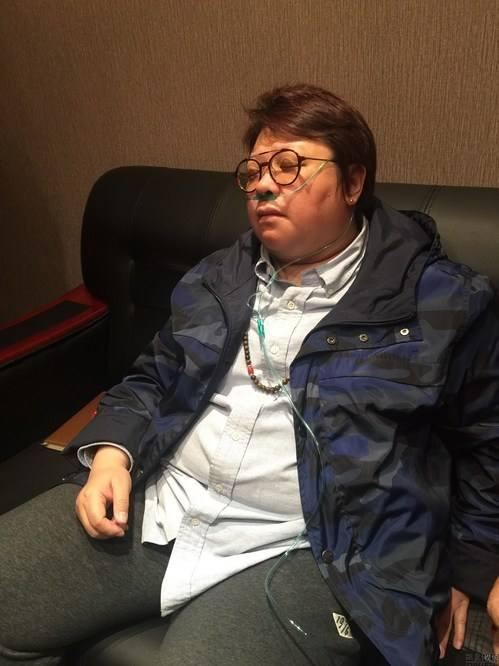 韩红戴400万豪表是假的,戴手表是彰显明星身份,跟基金会没关系