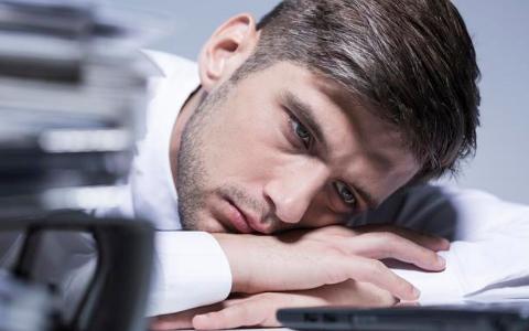 老是晚睡?身体可能会碰到6个问题,忽视不得
