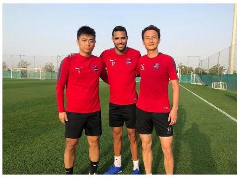 卡尔德克担任重庆当代队队长 陈雷、蒋哲任球队副队长