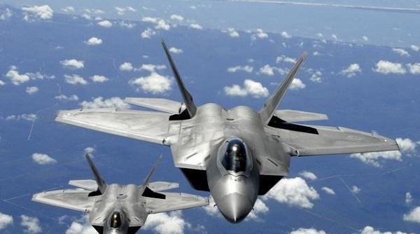 俄罗斯图160M2战略轰炸机下线 表明战略轰炸