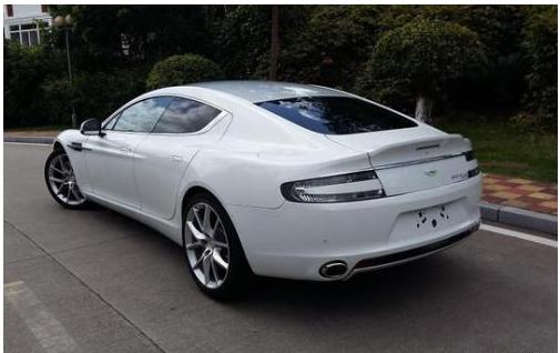 阿斯顿马丁在很多人看来,这是一款只需要保持优雅的车