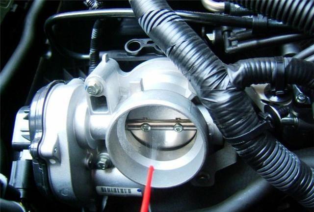 喷油嘴、节气门和三元催化器多久清洗一次?车主:我顺利毕业了!