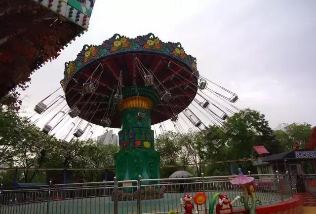 假山!南湖游乐园!摩天轮!记忆中的迎泽公园变成甚咧?图片