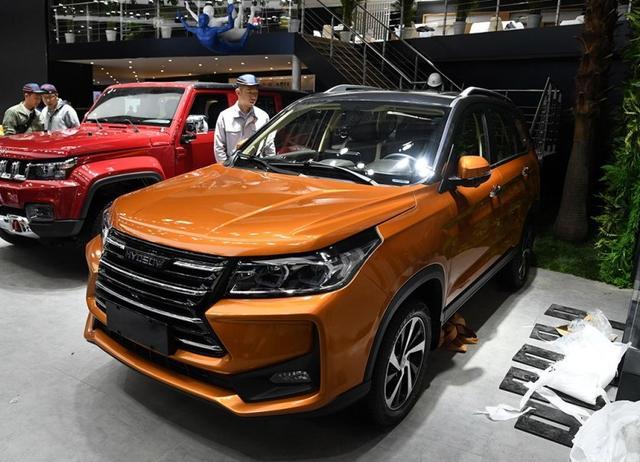 重拳出击2018北京车展,北汽幻速携2款7座SUV首发亮相