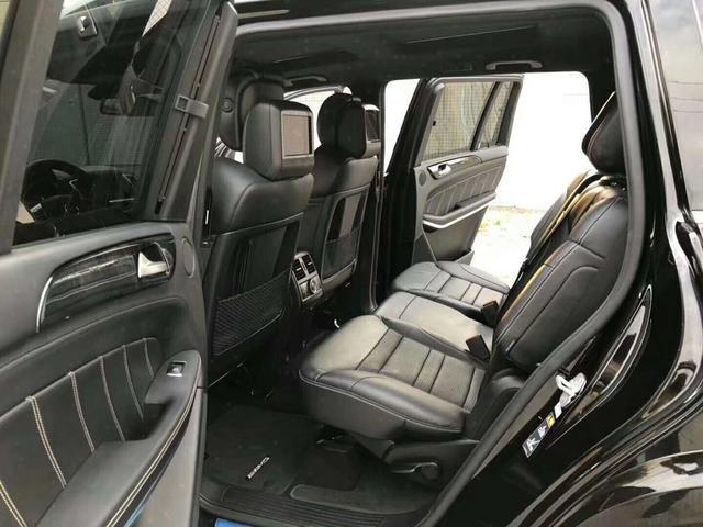 国内落地价198万,如今55万出售,运动SUV的精髓所在