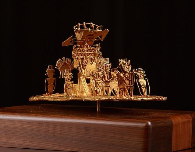 哥伦比亚国庆招待会携前哥伦布时期黄金艺术品与广府艺术握手缔结