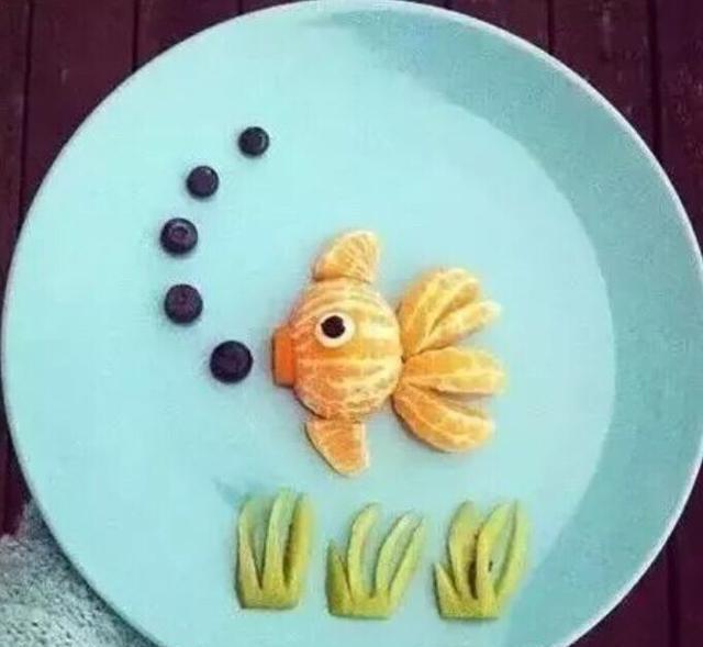 妈妈做的漂亮水果拼盘,让宝宝爱上吃水果!图片
