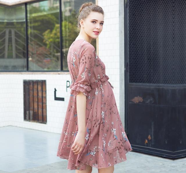 少女, 这8款今年最新款的孕妇连衣裙, 不仅百搭还显瘦