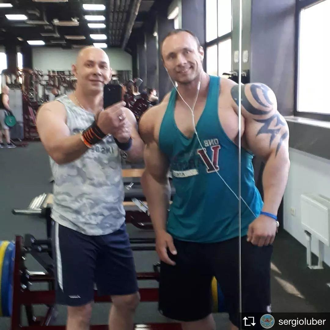 当然这么大块的肌肉