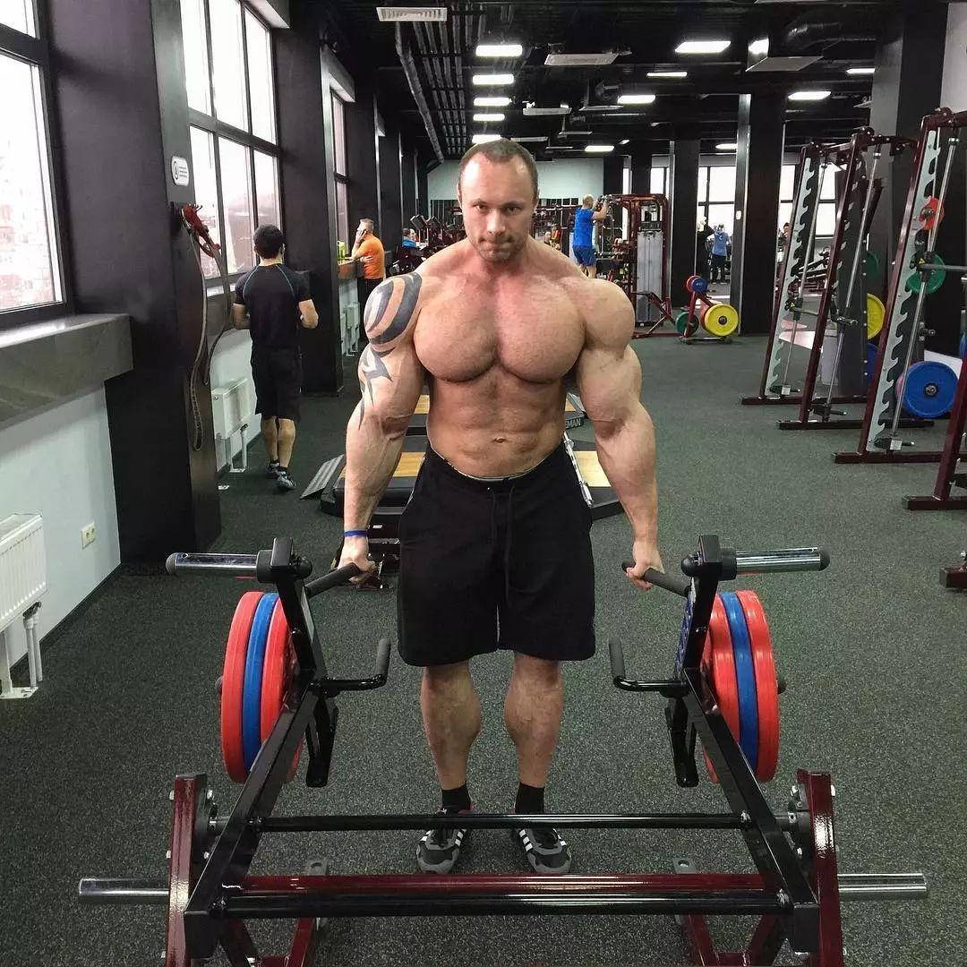 但尼基塔的肌肉