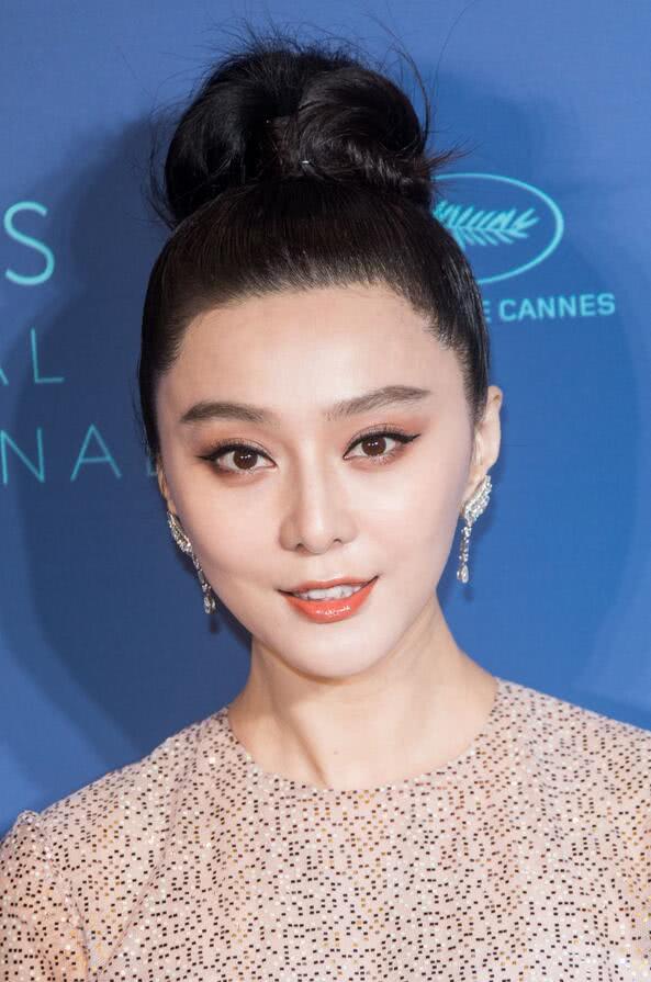 女星范冰冰香港电影节精致心动,她有一种让人拍照的美超三级的戛纳电影图片