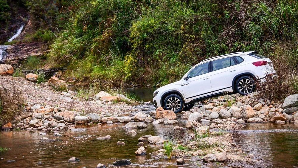 试驾一汽-大众探岳丨你想不到的它做到了